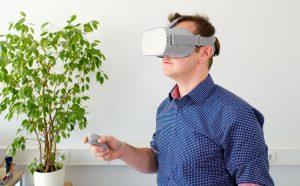 Man in Oculus Go